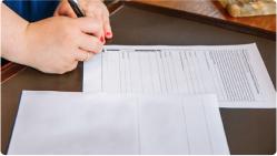 宅配買取申し込み書を記入して当社に発送
